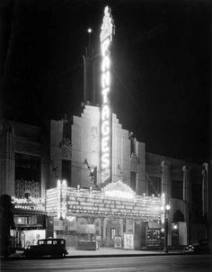 The Hollywood Pantages Theatre, located at 6233 Hollywood Boulevard, in August of 1930. viabizarrelosangeles(California State Library)