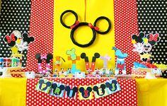 Mickey Mouse Birthday Centerpiece Mickey by AmandasPartiesToGo - GOSTEI DO PAINEL