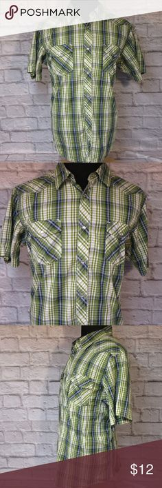 """Urban Up XXL Plaid Shirt M58 EUC Please double-check measurements below for a proper fit.    THE FIT Size - XX Large CHEST - Armpit to Armpit - About - 25.50"""" SHOULDERS - Seam to Seam - About - 20"""" SLEEVE - Center of Collar to End of Cuff - About - 20"""" LENGTH - Base of Collar to Hem - About - 31""""  THE DETAILS  Short Sleeve Snap Buttons Two Snap Button Flap Front Pockets 100% Cotton   PLEASE FOLLOW MY CLOSET FOR GREAT NEW DEALS EVERYDAY! THANK YOU FOR YOUR BUSINESS. Urban Outfitters Shirts…"""