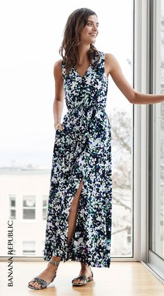 Buy yourself flowers this spring!  Banana Republic's mixed floral goddess maxi dress in a bold botanical print with soft shirring and a flattering V-neck is the one to throw on and wear all season (and beyond). Solve date nights and spring getaways, or layer up and take the look to work. There's no wrong way to wear this breezy floral favorite…it's a  style win every single time.
