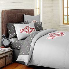 Manchester United ® Duvet Cover + Sham #pbteen  Love the latter, made into a magazine rack.