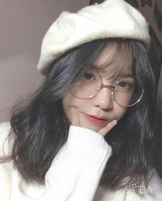 Ulzzang Korean Girl, Cute Korean Girl, Cute Asian Girls, Beautiful Asian Girls, Cute Girls, Cool Girl, Uzzlang Girl, Hey Girl, Girl Photo Poses