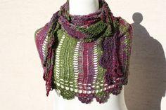 Dreieckstücher - Tuch grün marsala weinrot Wolle Seide wrap Schal - ein Designerstück von trixies-zauberhafte-Welten bei DaWanda