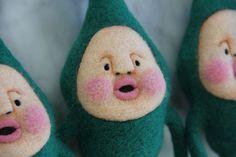 小林雅子のフェルト人形 マモリコモリ