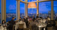 Looking for romance and delicious food? Top of the Hub is famous throughout Boston for their spectacular view. Ranked most romantic dining spot in Boston.   | Boston, MA :: Ettractions.com