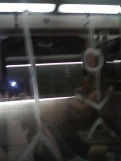 κρεμάλα στο μετρό