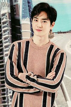 Suho <credits to owner> Baekhyun Chanyeol, Exo Ot9, Kpop Exo, K Pop, Luhan And Kris, Kim Joon Myeon, Exo Album, K Wallpaper, Actor