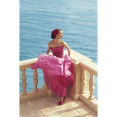 Natalie Portman for Harper's Bazaar Magazine ❤ liked on Polyvore featuring modeli