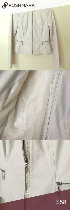 ⚡️Flash SALE⚡️Guess Peplum Jacket 100% Polyester. XS/TP Guess Jackets & Coats
