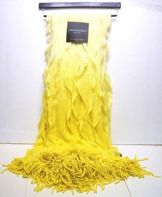 New Cynthia Rowley Ombre Ruffle Fringe Luxury Throw