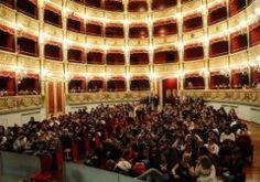 Il Coro di Voci bianche per il concerto di Natale al Verdi, con ingresso libero - http://virgiliosalerno.myblog.it/archive/2012/12/21/concerto-di-natale-salerno-teatro-verdi.html