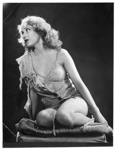 Fay Wray - King Kong.jpg
