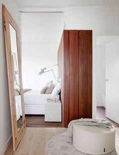 http://www.mauriciofuertes.com/es/proyectos/proyecto/1-1/184/INTERIOR/Apartment/Les-Llosses