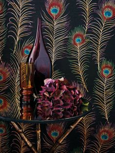 80 Living Wallpaper Ideas - Floral and Baroque pattern Pfau Wallpaper, Peacock Wallpaper, Wall Wallpaper, Pattern Wallpaper, Monkey Wallpaper, Interior Wallpaper, Wallpaper Ideas, Brocante Paris, Peacock Feathers
