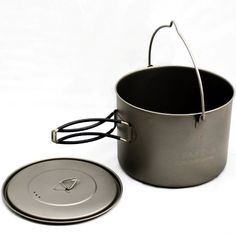 TOAKS Titanium Pot with Bail Handle >>> Don't get left behind, see this great outdoor item : Camping stuff Survival Tools, Survival Knife, Camping And Hiking, Camping Stuff, Emergency Preparedness, Outdoor Cooking, Bushcraft, Outdoor Gear, Outdoor Travel