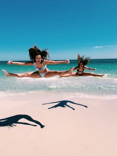 During the original periods regarding cheerleading the experience only agreed to be that - communities Cute Beach Pictures, Cute Friend Pictures, Cheer Pictures, Best Friend Pictures, Beach Photos, Friend Pics, Bff Pics, Cheer Pics, Best Friend Goals