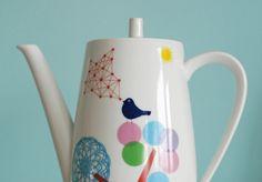 Large bird teapot by Ninainvorm on Etsy