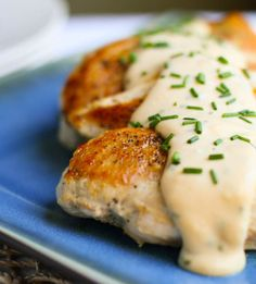 Chicken with Feta Cheese Sauce Recipe - ZipList Cooking Recipes, Healthy Recipes, Easy Chicken Recipes, Recipe Chicken, Greek Recipes, I Love Food, Food Dishes, The Best, Dinner Recipes