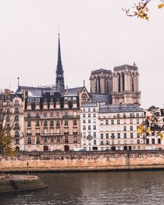 What's on? Paris in