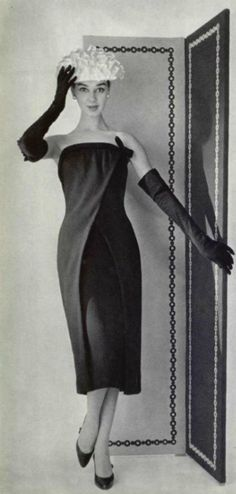 Givenchy P/E Photo Philippe Pottier. Vintage Wear, Vintage Glamour, Vintage Dresses, Vintage Outfits, 1950s Fashion, Vintage Fashion, Black And White Short Dresses, Jewelry Dresser, Evolution Of Fashion