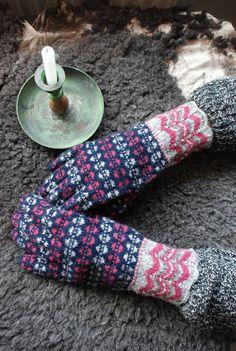 Estonian traditional gloves