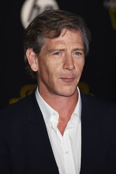 "Ben Mendelsohn Photos Photos - Actor Ben Mendelsohn attends the premiere of Walt Disney Pictures and Lucasfilm's ""Star Wars: The Force Awakens"" on December 14th, 2015 in Hollywood, California. - Premiere 'Star Wars: The Force Awakens' - Arrivals"