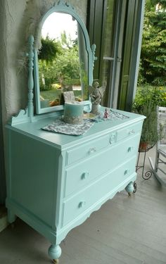 lovely color for a DIY on a dresser or desk