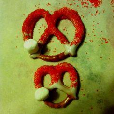 Hohoho!! Santa clause hat pretzels :)
