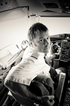 Bruce Dickinson. History teacher, fencing fighter, commercial airplane pilot, vocal leader of Iron Maiden. Inter alia...