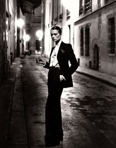 Tuxedos and the Power of Androgynous Fashion - Get Stylin'