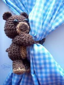 Teddy Bear Curtain Tie-Back Free Crochet Pattern - Stitch11