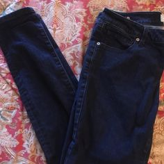 Cabi size 6 skinny jeans Worn once just too big! Awesome fit Cabi skinny jeans CAbi Jeans Skinny