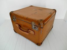 Vintage Hat Luggage Case  Travel Suitcase Trunk by MemoryOfThePast