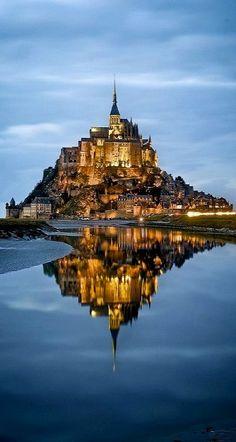 Mont Saint-Michel, Normandía, Francia Un PreparAR-me párrafo como férias