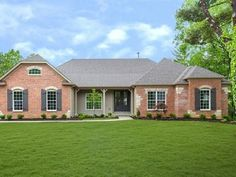 Chesterton  32 Chesterton Lane Chesterfield, MO 63017 Questions?  314-393-9526  Image: Charming brick and stone exterior