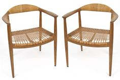 Pair of Chairs by Hans Wegner for Johannes Hansen | red modern furniture