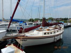 View full details & pictures of SEA DRAGON, a Southern Cross 31 located in WASHBURN, Wisconsin with pictures & full details of this Cruiser built in 1978 and available for sale. Sailing Basics, Wisconsin, Sea Dragon, Yacht Boat, Luxury Yachts, Boats For Sale, Sailboats, Nautical, Southern