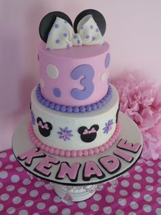 pink and purple minnie mouse cake