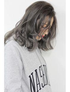 トルネード(Tornado) モノトーングレージュハイライトグラデーションカラー Haircuts For Wavy Hair, Short Hair Cuts, Girl Hairstyles, Short Hair Styles, Hear Style, Gray Aesthetic, Dream Hair, Hair Inspo, Hair Goals