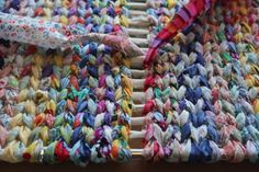 How to make a Rag Rug part 2 of 2 | via runquiltknitwrite.com