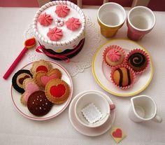 I heart tea parties