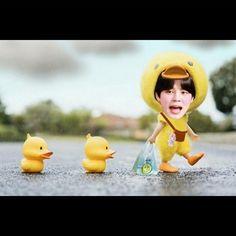 Jimin looks like baby ❤️ Foto Bts, Bts Bangtan Boy, Bts Jimin, Bts Face, Bts Memes Hilarious, Album Bts, K Idol, Meme Faces, Bts Group