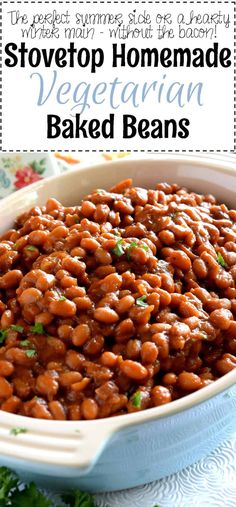 Who says Homemade Baked Beans needs to have bacon? Stovetop Homemade Vegetarian Baked Beans are fast, cheap, and easy – and nobody will notice the missing pork product! I love baked beans. Healthy Baked Beans, Baked Beans Crock Pot, Easy Baked Beans, Homemade Baked Beans, Vegetarian Bean Recipes, Vegetarian Baked Beans, Healthy Recipes, Baked Beans Recipe Vegan, Stove Top Baked Beans Recipe
