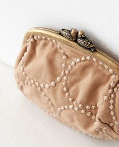 Be Romantic clutch