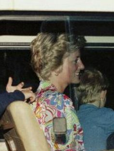 April 08, 1990: Princess Diana, Prince William and Prince Harry are driven from Tortola International Airport to Tortola Port for transfer to Necker Island by boat..