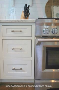 Af-20 Mascarpone BM on Cabinets WHITE TRIM WOODWORK