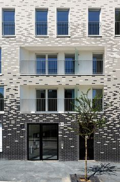 Pixelated facade
