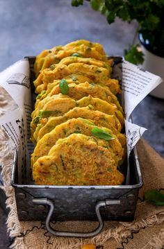 Veggie Recipes, Vegetarian Recipes, Snack Recipes, Healthy Recipes, Healthy Sweets, Healthy Eating, Portuguese Recipes, Happy Foods, Vegetable Dishes