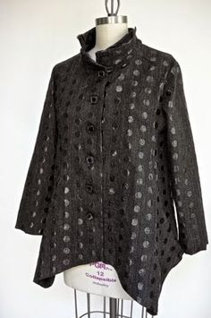 Marcy Tilton's Blog For Everyday Creatives: Sewn Paris Wardrobe.........too bad no pattern available Jacket Dress, Shirt Jacket, Clothing Patterns, Sewing Patterns, Sewing Blogs, Handmade Clothes, Sewing Clothes, Simple Outfits, A Boutique