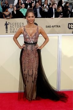 SAG Awards 2018: The Looks You Need to See via @WhoWhatWearUK